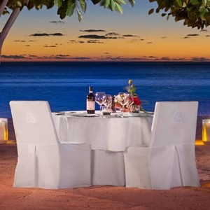 Mauritius Honeymoon Packages St Regis Mauritius Private Dining On The Beach
