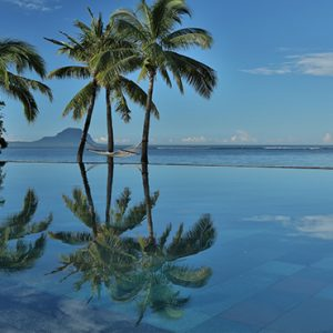 Mauritius Honeymoon Packages Maradiva Villas Resort & Spa Infinity Pool
