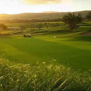 Mauritus Honeymoon Packages Heritage Awali Golf & Spa Resort Golf Practise1