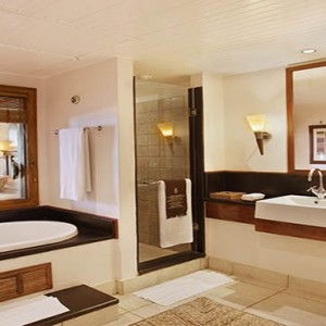 Mauritus Honeymoon Packages Heritage Awali Golf & Spa Resort Senior Suite Bathroom