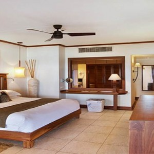 Mauritus Honeymoon Packages Heritage Awali Golf & Spa Resort Senior Suite Bedroom1