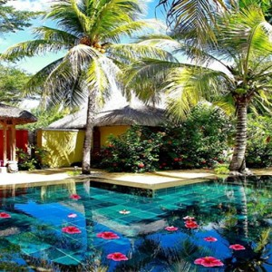 Paradise Cove - Luxury Mauritius Honeymoon Packages - villa with pool
