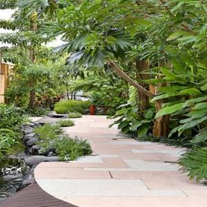 Amarterra Villas Bali Nusa Dua - Luxury Bali Honeymoon Packages - Garden walkway
