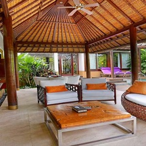 Amarterra Villas Bali Nusa Dua - Luxury Bali Honeymoon Packages - One bedroom villa exterior lounge area