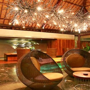 Amarterra Villas Bali Nusa Dua - Luxury Bali Honeymoon Packages - lobby and reception