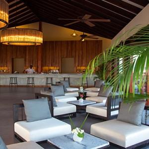 Atmosphere Kanifushi - Luxury Maldives Honeymoon Packages - Bar