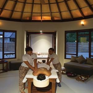 Atmosphere Kanifushi - Luxury Maldives Honeymoon Packages - Spa massage