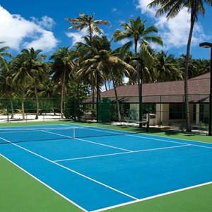 Atmosphere Kanifushi - Luxury Maldives Honeymoon Packages - Tennis court outdoors