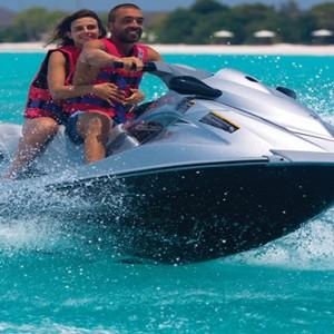 Atmosphere Kanifushi - Luxury Maldives Honeymoon Packages - Watersport activities6