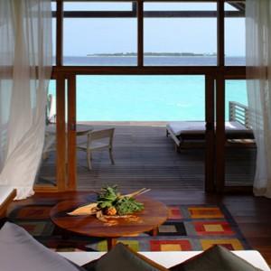 COMO Cocoa island - Luxury Maldives Honeymoon Packages - Loft villa lounge area