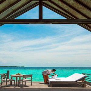 COMO Cocoa island - Luxury Maldives Honeymoon Packages - Loft villa private sundeck