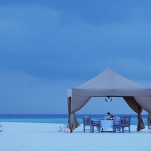 COMO Cocoa island - Luxury Maldives Honeymoon Packages - Private dinner