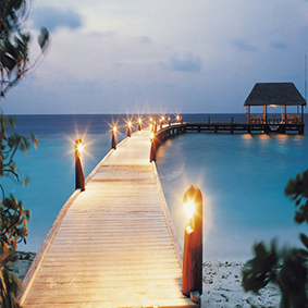 COMO Cocoa island - Luxury Maldives Honeymoon Packages - thumbnail