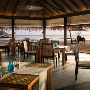 Coco Bodu Hithi - Luxury Maldives Honeymoon Packages - Air Restaurant