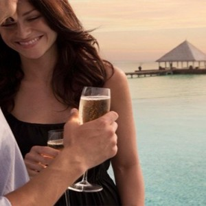 Coco Bodu Hithi - Luxury Maldives Honeymoon Packages - Champagne breakfast