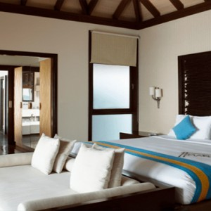 Coco Bodu Hithi - Luxury Maldives Honeymoon Packages - Coco Residence bedroom interior