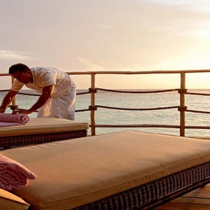 Constance Moofushi - Luxury Maldives Honeymoon Packages - Water Villa Sun deck