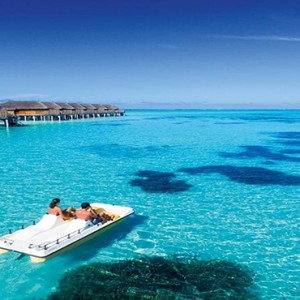 Constance Moofushi - Luxury Maldives Honeymoon Packages - Watersport activity2