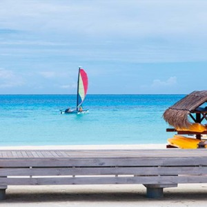 Constance Moofushi - Luxury Maldives Honeymoon Packages - Watersport activity3