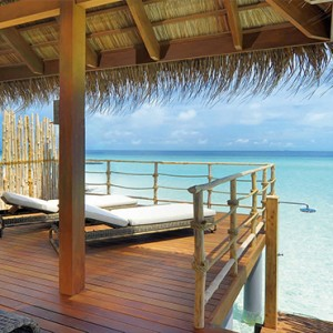 Constance Moofushi - Luxury Maldives Honeymoon Packages - sun deck
