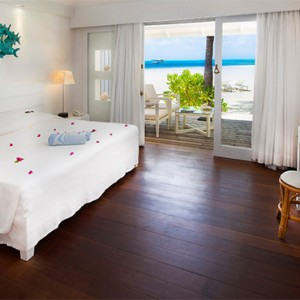 Diamonds Athuruga - Luxury Maldives Honeymoon Packages - Beach Bungalows
