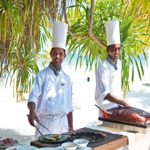 Diamonds Athuruga - Luxury Maldives Honeymoon Packages - Kakuni Seafood restaurant