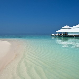 Diamonds Athuruga - Luxury Maldives Honeymoon Packages - Thari Over Water restaurant