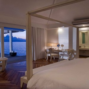 Diamonds Athuruga - Luxury Maldives Honeymoon Packages - Two Bedroom Water Villa interior