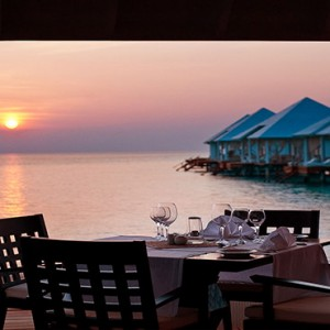 Diamonds Athuruga - Luxury Maldives Honeymoon Packages - dining on deck