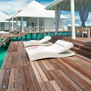 Diamonds Athuruga - Luxury Maldives Honeymoon Packages - overwater villas1