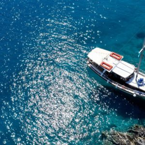 Greece Honeymoon Packages Blue Palace Resort And Spa Caique Sailing