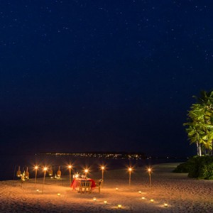 Hurawalhi Island - Luxury Maldives Honeymoon Packages - Candle light dinner
