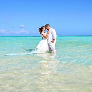 Hurawalhi Island - Luxury Maldives Honeymoon Packages - Photography