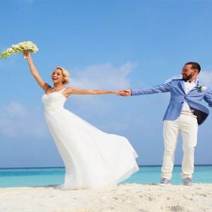 Hurawalhi Island - Luxury Maldives Honeymoon Packages - Wedding