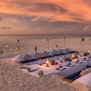 Hurawalhi Island - Luxury Maldives Honeymoon Packages - beach dining