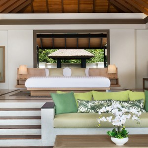 JA Manafaru - Luxury Maldives Honeymoon Packages - Beach Bungalows with Private Pools living room