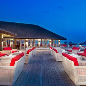 JA Manafaru - Luxury Maldives honeymoon packages - Horizon lounge outdoor at night