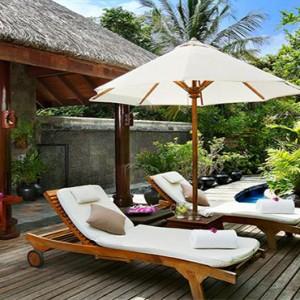 JA Manafaru - Luxury Maldives honeymoon packages - spa relaxation area