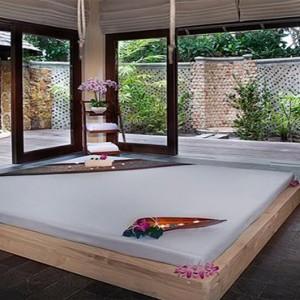 JA Manafaru - Luxury Maldives honeymoon packages - spa room