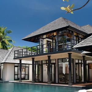 JA Manafaru - Luxury Maldives honeymoon packages - villa with pool exterior