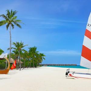 JA Manafaru - Luxury Maldives honeymoon packages - watersports2