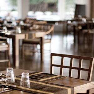 Jetwing Sea - Luxury Sri Lanka Honeymoon Packages - Cafe C interior