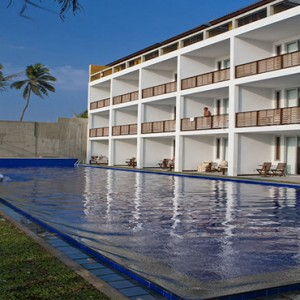 Jetwing Sea - Luxury Sri Lanka Honeymoon Packages - exterior pool