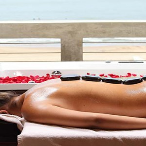 Jetwing Sea - Luxury Sri Lanka Honeymoon Packages - spa massage