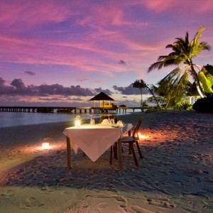 Kandolhu Maldives - Luxury Maldives Honeymoon Packages - Private dining