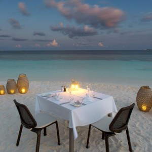 Kandolhu Maldives - Luxury Maldives Honeymoon Packages - Private dining1