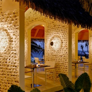 Kandolhu Maldives - Luxury Maldives Honeymoon Packages - Sea Grill