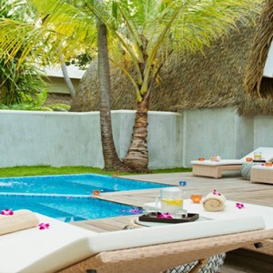 Kandolhu Maldives - Luxury Maldives Honeymoon Packages - Spa pool1