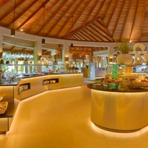 Kuramathi Maldives - Luxury Maldives Honeymoon Packages - Haruge, Malaafaiy, Farivalhu buffet