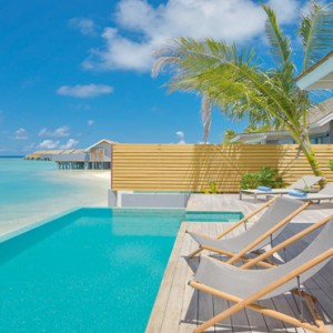 Kuramathi Maldives - Luxury Maldives Honeymoon Packages - Pool villa exterior